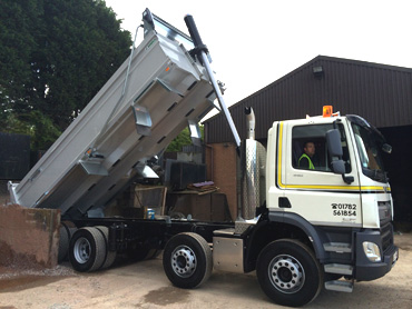 8 Wheel Tippers 20 Tonne delivery throughout Stoke-on-Trent Newcastle under Lyme